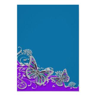 "Mariposa azul púrpura del boda floral invitación 5"" x 7"""