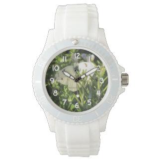 Mariposa blanca a cuadros reloj de mano