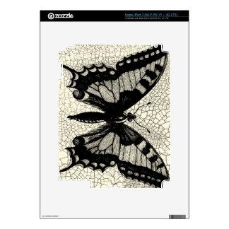 Mariposa blanco y negro en fondo agrietado iPad 3 pegatinas skins