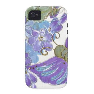 Mariposa caprichosa y flores azules y púrpuras Case-Mate iPhone 4 carcasas