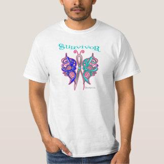 Mariposa céltica del superviviente - cáncer de remera
