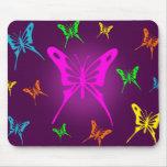Mariposa colorida alfombrillas de ratones