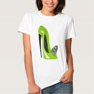 Mariposa con diseño del arte del zapato del camisas