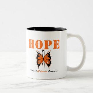 Mariposa de la esperanza de la leucemia taza de dos tonos