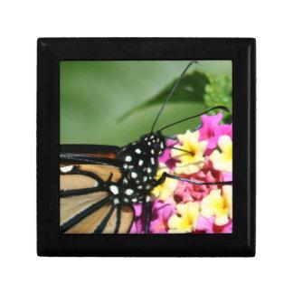 Mariposa de monarca caja del Lantana Flowers Gift Cajas De Joyas