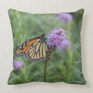 Mariposa de monarca cojín