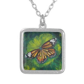 Mariposa de monarca del tigre de las creaciones de collares