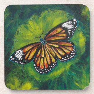 Mariposa de monarca del tigre de las creaciones de posavasos de bebida
