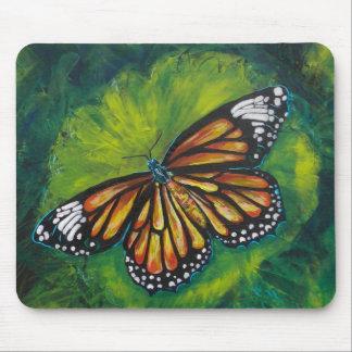 Mariposa de monarca del tigre de las creaciones de tapete de raton