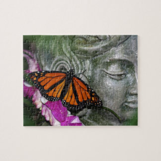 Mariposa de monarca en Kwan Yin Puzzles Con Fotos