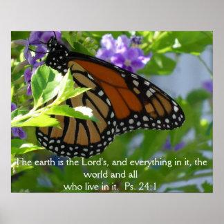 Mariposa de monarca en las flores con el poster de