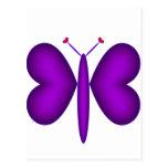 Mariposa de neón púrpura de los corazones postal