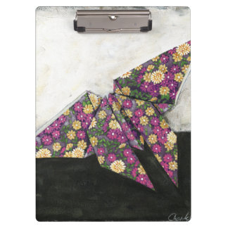 Mariposa de Origami en el papel floral