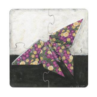 Mariposa de Origami en el papel floral Posavasos De Puzzle