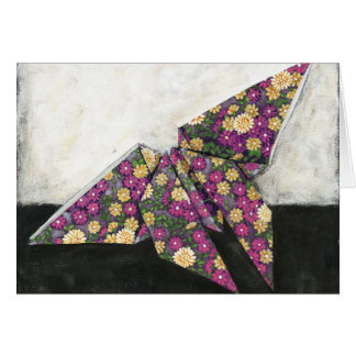Mariposa de Origami en el papel floral Tarjeta De Felicitación