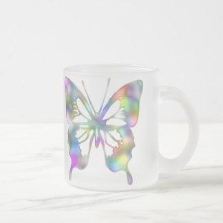 Mariposa del arco iris taza de cristal