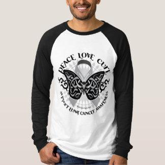 Mariposa del cáncer de pulmón tribal remera