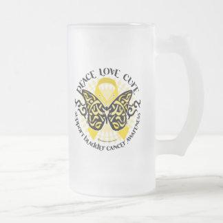 Mariposa del cáncer de vejiga tribal taza de cristal