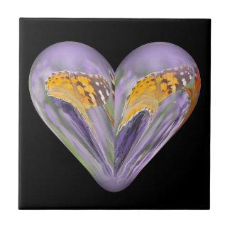 mariposa del corazón en la lavanda teja cerámica