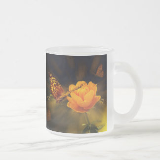 Mariposa del cuento de hadas taza de café
