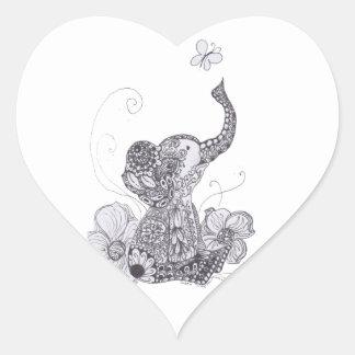Mariposa del elefante pegatina en forma de corazón
