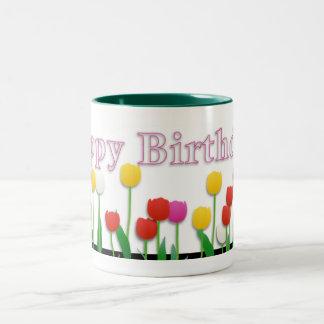 Mariposa del feliz cumpleaños taza de dos tonos