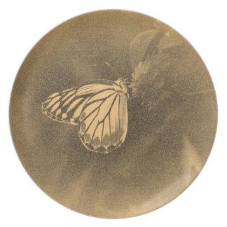 Mariposa del vintage en la flor - placa plato para fiesta