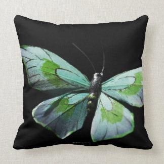 Mariposa del vuelo almohada