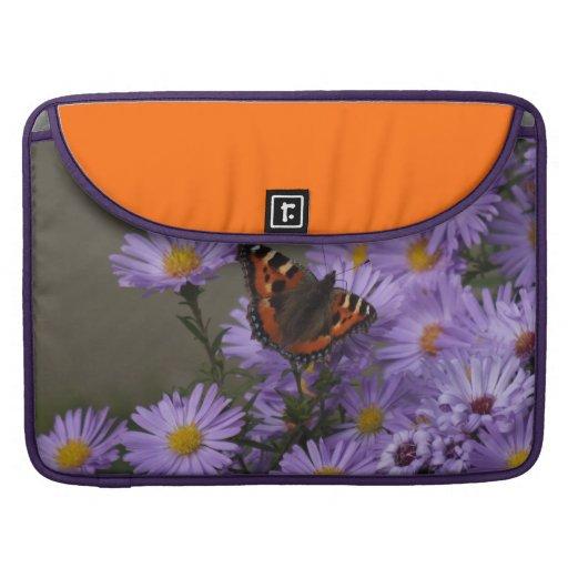 Mariposa en asteres funda para macbook pro