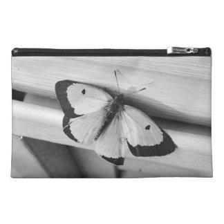 Mariposa en blanco y negro