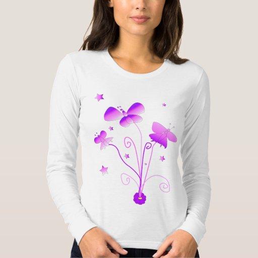 Mariposa en camiseta larga rosada y púrpura de la playera