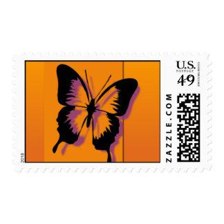 Mariposa en franqueo anaranjado