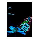 Mariposa en la luz azul - etiqueta vertical del tarjetas de visita grandes