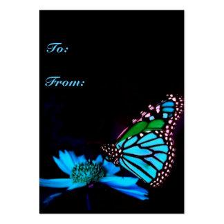 Mariposa en la luz azul - etiqueta vertical del tarjeta de visita