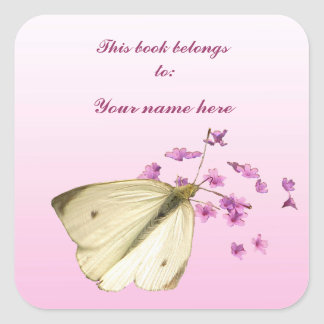 Mariposa en las flores calcomania cuadradas personalizadas