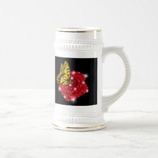 Mariposa en rosa roja m. sterne regentropfen jarra de cerveza