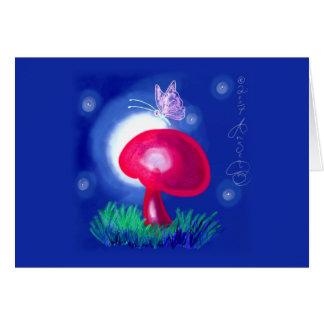 Mariposa en seta roja tarjeta pequeña