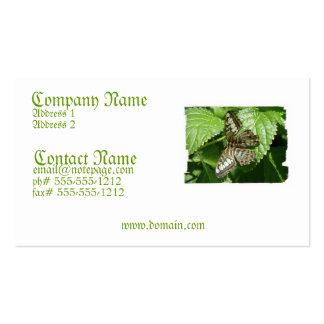 Mariposa en una tarjeta de visita de la hoja