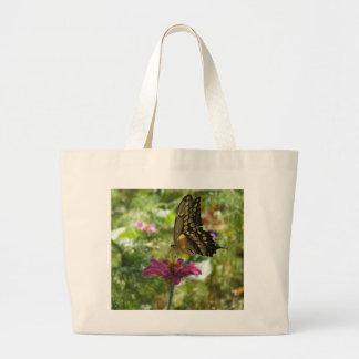 Mariposa gigante de Swallowtail Bolsas De Mano