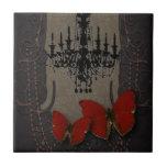 Mariposa gótica del rojo de Black Chandelier del v Azulejo