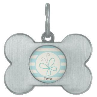 Mariposa linda del Doodle; Rayas de azules cielos Placa De Nombre De Mascota