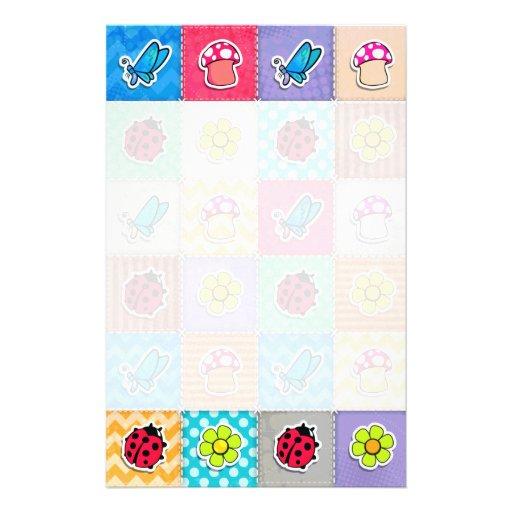 Mariposa, mariquita, y flor lindas y coloridas papelería de diseño