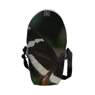 Mariposa rayada blanco y negro bolsas messenger