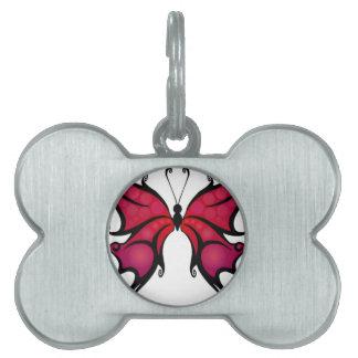 Mariposa roja hermosa placa de mascota