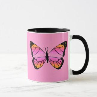 Mariposa rosada bonita