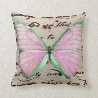 Mariposa rosada cojin
