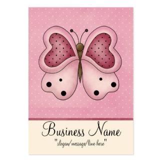 Mariposa rosada con la tarjeta de visita rechoncha