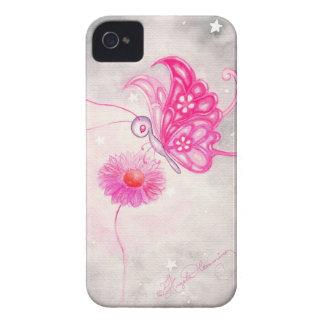 Mariposa rosada de la fantasía en margarita Case-Mate iPhone 4 fundas