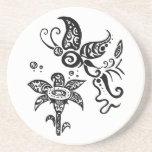 Mariposa tribal blanco y negro posavasos manualidades