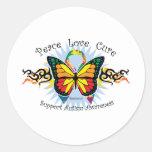 Mariposa tribal del autismo etiqueta redonda